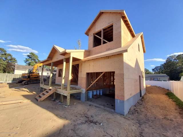632 6th Avenue, Toms River, NJ 08757 (MLS #22036576) :: Provident Legacy Real Estate Services, LLC