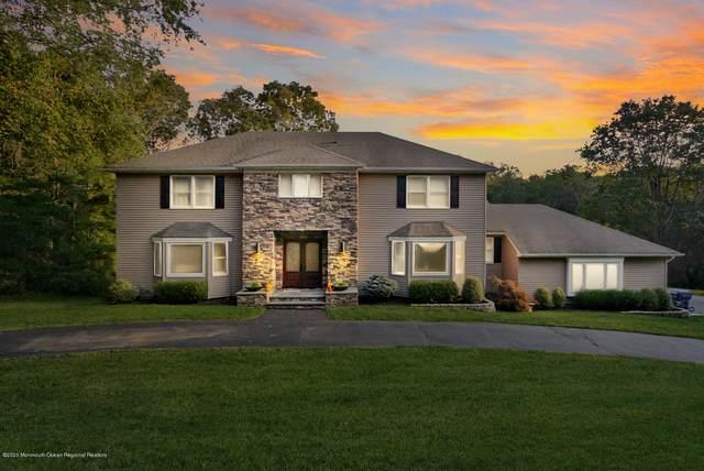 5 Longview Drive, Holmdel, NJ 07733 (MLS #22036633) :: The Sikora Group