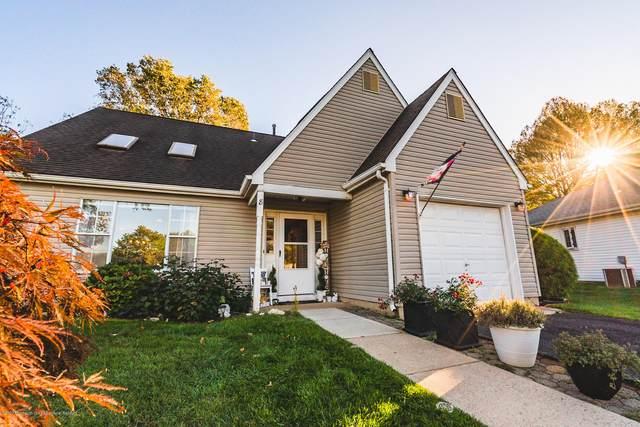 8 Chamberlain Court, Old Bridge, NJ 08857 (MLS #22036785) :: Provident Legacy Real Estate Services, LLC