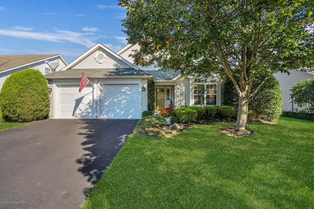 185 Skyline Drive, Lakewood, NJ 08701 (MLS #22036893) :: The Dekanski Home Selling Team