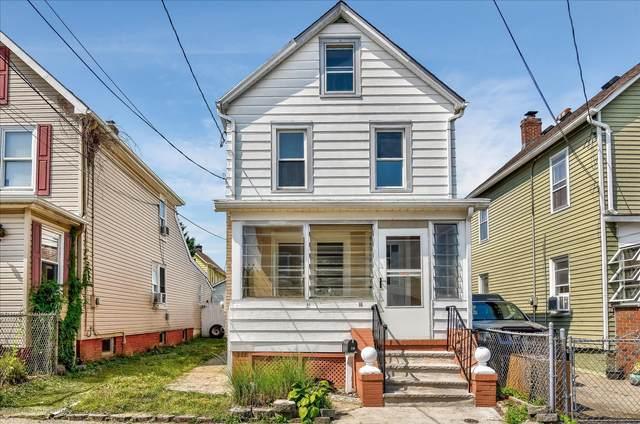 16 Holmes Avenue, South River, NJ 08882 (MLS #22037100) :: The Premier Group NJ @ Re/Max Central