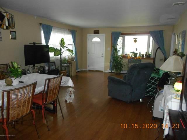 32 Tortola Street, Toms River, NJ 08757 (MLS #22037421) :: The MEEHAN Group of RE/MAX New Beginnings Realty