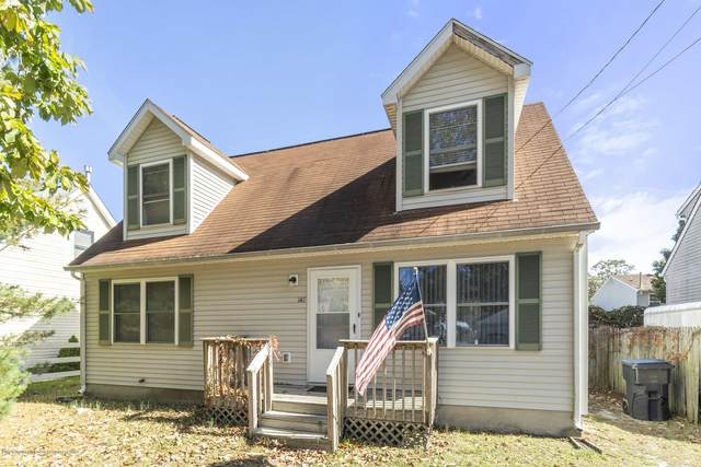 147 Bay Terrace, Toms River, NJ 08753 (MLS #22037434) :: The MEEHAN Group of RE/MAX New Beginnings Realty