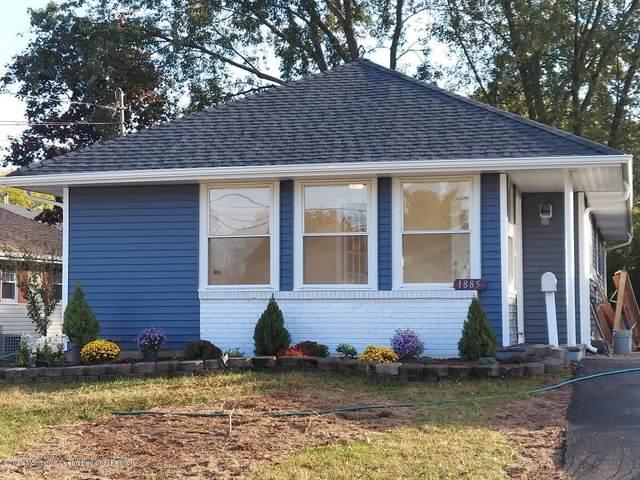 1885 Hovsons Boulevard, Toms River, NJ 08753 (MLS #22037904) :: The Dekanski Home Selling Team