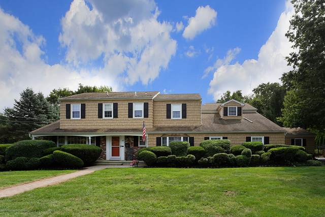 19 Downing Court, Middletown, NJ 07748 (MLS #22037942) :: The CG Group | RE/MAX Real Estate, LTD