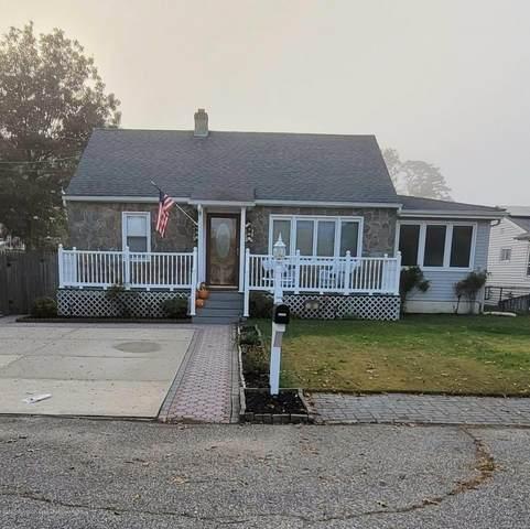 30 Harbor View Lane, Toms River, NJ 08753 (MLS #22038007) :: The Dekanski Home Selling Team
