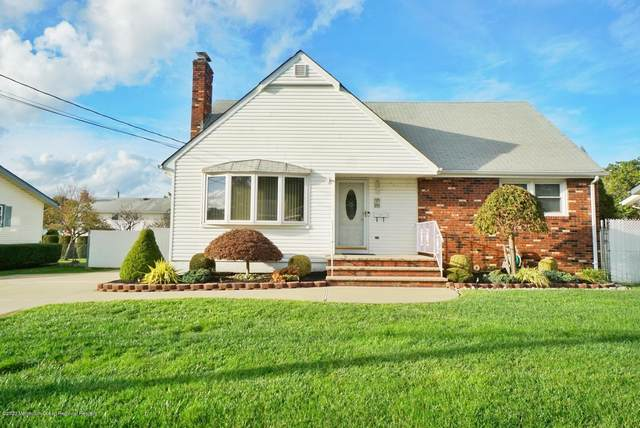 55 Nickel Avenue, Sayreville, NJ 08872 (MLS #22038034) :: The MEEHAN Group of RE/MAX New Beginnings Realty