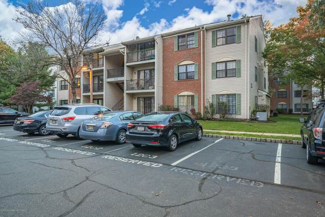 46 Kite Court, Lawrence, NJ 08648 (MLS #22038163) :: The Ventre Team