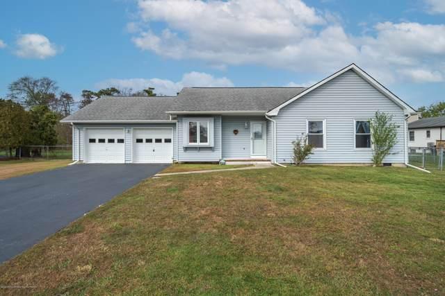838 E Hickory Drive, Lanoka Harbor, NJ 08734 (MLS #22038237) :: The MEEHAN Group of RE/MAX New Beginnings Realty