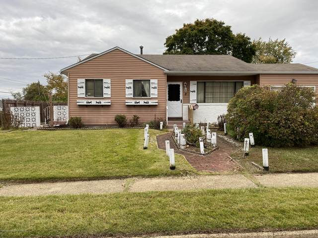 2 Oakwood Drive, Hazlet, NJ 07730 (MLS #22038296) :: Halo Realty