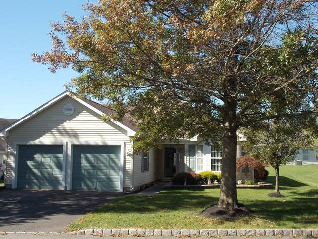 3 Clear Lake Road, Whiting, NJ 08759 (MLS #22038341) :: Provident Legacy Real Estate Services, LLC