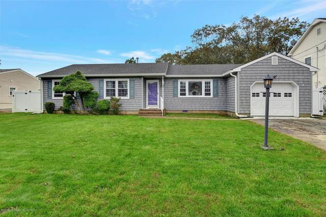 117 Oakwood Place, Forked River, NJ 08731 (MLS #22038444) :: The MEEHAN Group of RE/MAX New Beginnings Realty