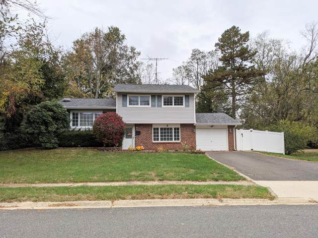 3 Hemlock Court, Jackson, NJ 08527 (MLS #22038557) :: Kiliszek Real Estate Experts