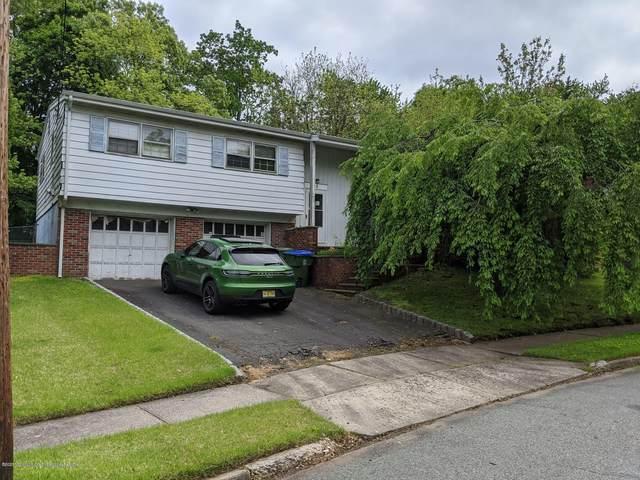 6 Kish Court, Edison, NJ 08837 (MLS #22038784) :: Kiliszek Real Estate Experts