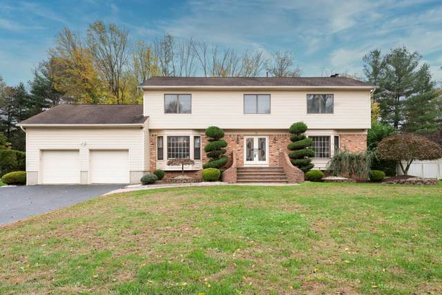 19 Thomas Drive, Manalapan, NJ 07726 (MLS #22038808) :: The Premier Group NJ @ Re/Max Central