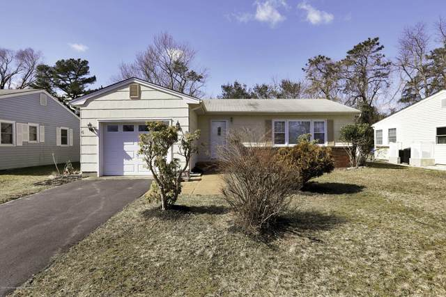 6 York Street, Toms River, NJ 08757 (MLS #22039147) :: The DeMoro Realty Group | Keller Williams Realty West Monmouth