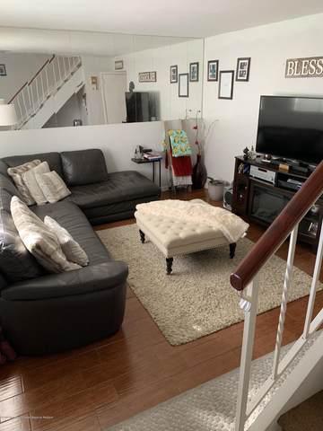 25 Woodlake Manor Drive #1000, Lakewood, NJ 08701 (MLS #22039576) :: The DeMoro Realty Group | Keller Williams Realty West Monmouth