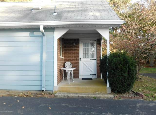 18 Moccasin Drive C, Whiting, NJ 08759 (MLS #22039874) :: The Streetlight Team at Formula Realty