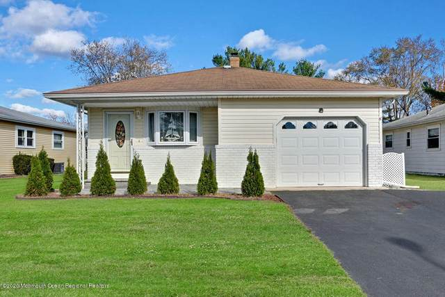 208 Charlotteville Drive N, Toms River, NJ 08757 (MLS #22040436) :: The Streetlight Team at Formula Realty