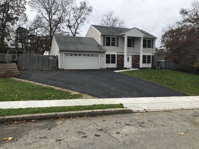 1158 Laurel Drive, Toms River, NJ 08753 (MLS #22040475) :: The Streetlight Team at Formula Realty