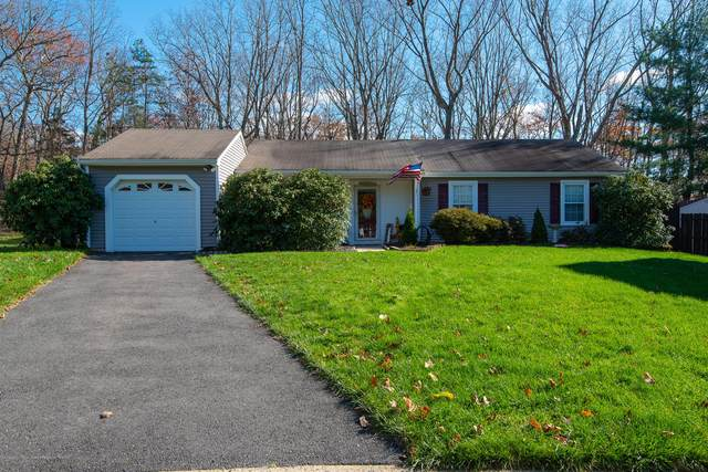8 Deck Court, Howell, NJ 07731 (MLS #22041259) :: Team Gio | RE/MAX