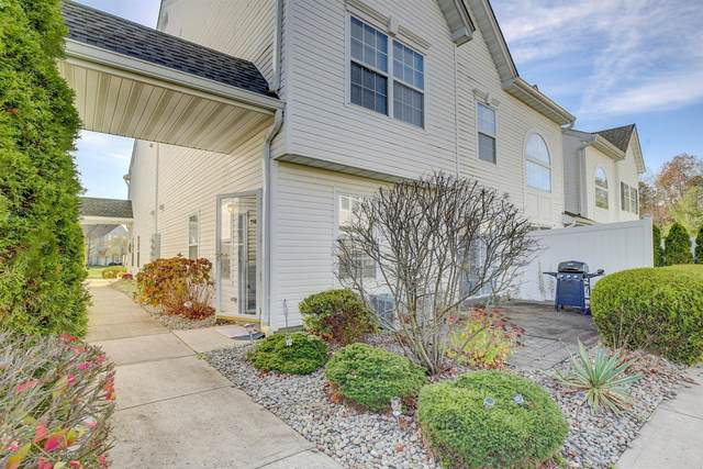25 Dover Court, Tinton Falls, NJ 07712 (MLS #22041290) :: Caitlyn Mulligan with RE/MAX Revolution