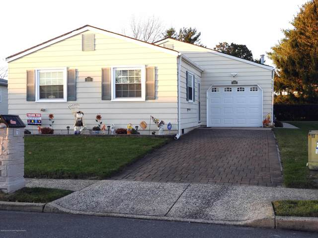 110 Liberta Drive, Toms River, NJ 08757 (MLS #22041488) :: The DeMoro Realty Group | Keller Williams Realty West Monmouth