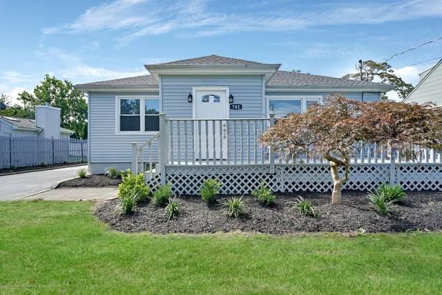 741 Barberry Drive, Brick, NJ 08723 (#22041628) :: Daunno Realty Services, LLC
