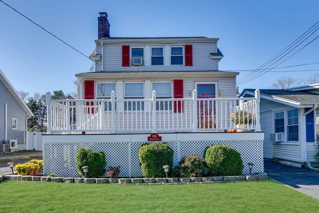 1214 Oakwood Road, Belmar, NJ 07719 (MLS #22041631) :: William Hagan Group