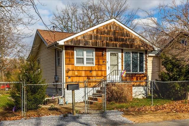 14 Walker Avenue, Spotswood, NJ 08884 (MLS #22041678) :: The CG Group | RE/MAX Real Estate, LTD