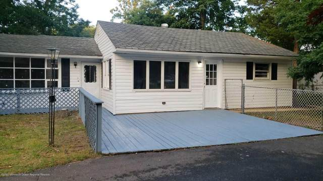 543 Alfred Lane, Toms River, NJ 08753 (MLS #22041679) :: William Hagan Group