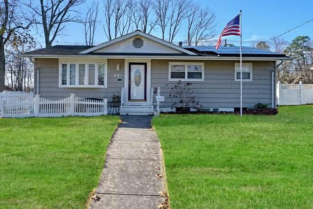 17 Oregon Avenue, Jackson, NJ 08527 (MLS #22041684) :: The CG Group | RE/MAX Real Estate, LTD