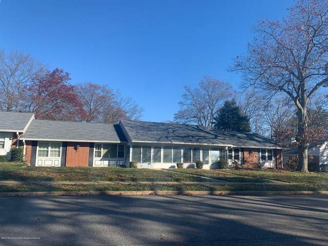 492C Portsmouth Drive #1003, Lakewood, NJ 08701 (MLS #22041970) :: Caitlyn Mulligan with RE/MAX Revolution