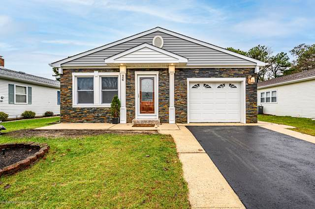 26 Inverell Drive, Toms River, NJ 08757 (MLS #22042025) :: Caitlyn Mulligan with RE/MAX Revolution