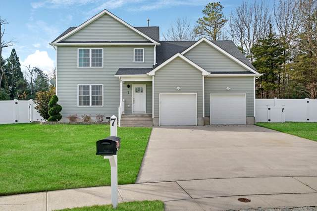 7 Conor Court, Bayville, NJ 08721 (MLS #22042317) :: The Streetlight Team at Formula Realty