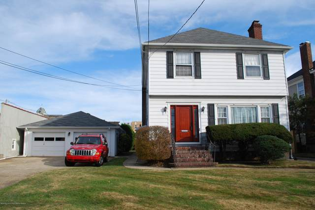 65 Maple Avenue Upper, Red Bank, NJ 07701 (MLS #22042349) :: The Dekanski Home Selling Team