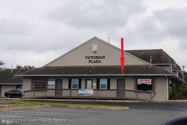 890 Bay Avenue H, Barnegat, NJ 08005 (MLS #22042855) :: The MEEHAN Group of RE/MAX New Beginnings Realty