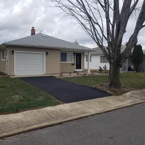 499 Saint Thomas Drive, Toms River, NJ 08757 (MLS #22043051) :: Team Pagano