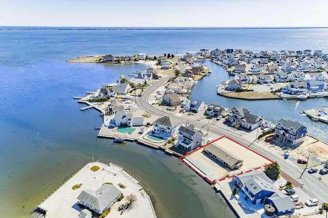1152 Laurel Boulevard, Lanoka Harbor, NJ 08734 (MLS #22043274) :: The MEEHAN Group of RE/MAX New Beginnings Realty