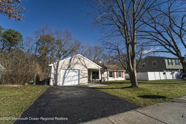 9 Spruce Circle S, Barnegat, NJ 08005 (MLS #22044013) :: The Streetlight Team at Formula Realty