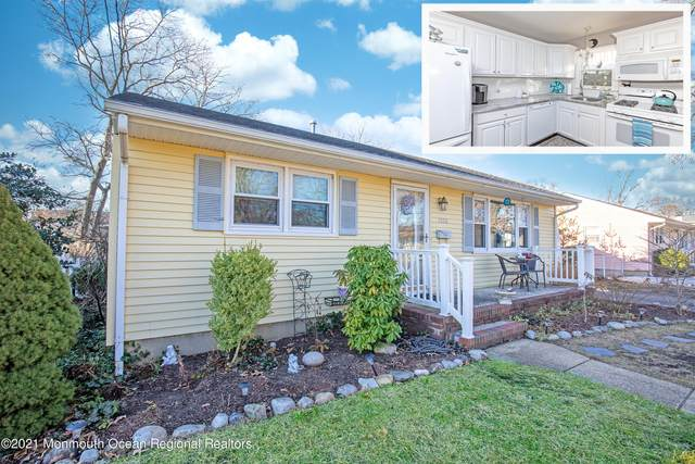1333 Curtis Avenue, Point Pleasant, NJ 08742 (MLS #22100565) :: Caitlyn Mulligan with RE/MAX Revolution