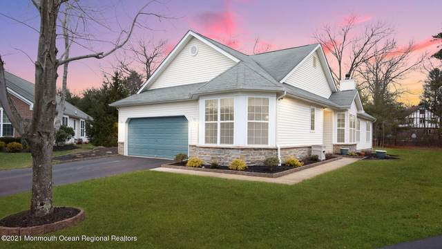 810 Tanglewood Court, Whiting, NJ 08759 (MLS #22100767) :: Caitlyn Mulligan with RE/MAX Revolution