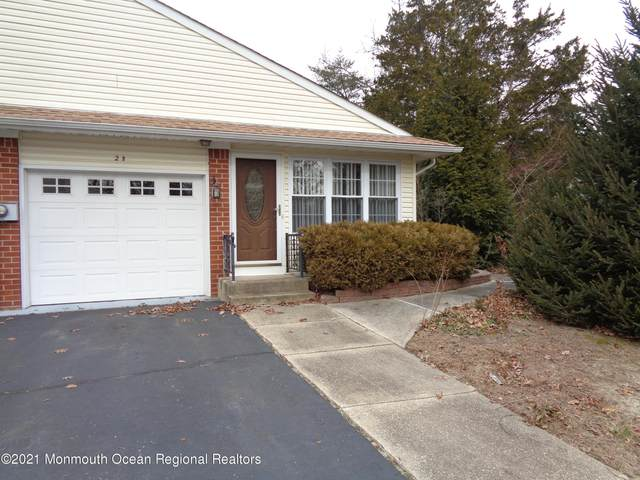 2 B Snowberry Lane, Whiting, NJ 08759 (MLS #22100838) :: Team Pagano
