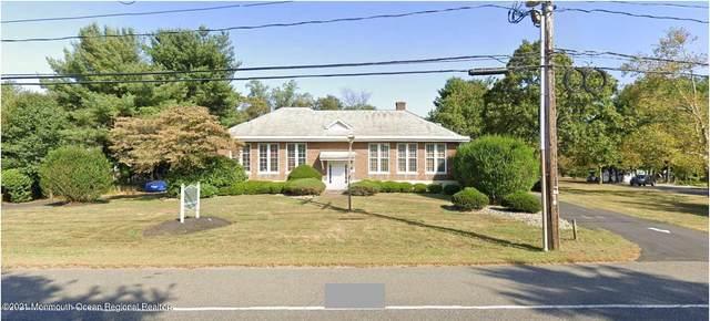 961 Holmdel Road, Holmdel, NJ 07733 (MLS #22100846) :: The Sikora Group
