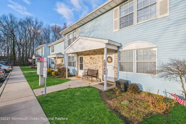 82 Cliffwood Avenue 38E, Cliffwood, NJ 07721 (MLS #22101212) :: Caitlyn Mulligan with RE/MAX Revolution