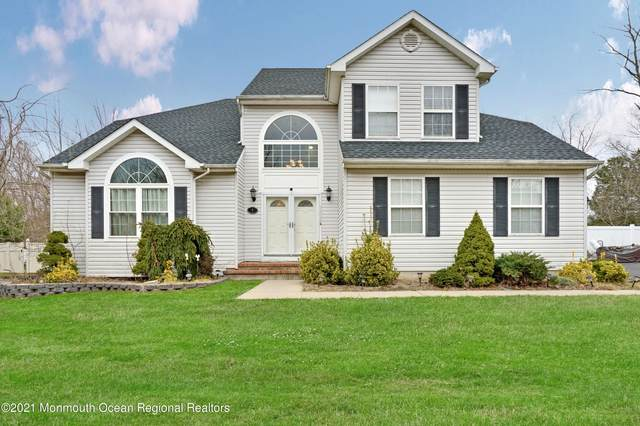 4 Arboretum Drive, Jackson, NJ 08527 (MLS #22101395) :: Kiliszek Real Estate Experts