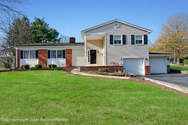 17 Overbrook Drive, Freehold, NJ 07728 (MLS #22101398) :: The Streetlight Team at Formula Realty