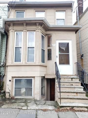 29 Catherine Street, Elizabeth, NJ 07201 (MLS #22101546) :: The Premier Group NJ @ Re/Max Central
