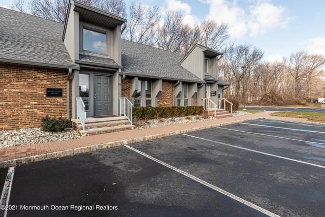 35 Village Court, Hazlet, NJ 07730 (MLS #22101623) :: The CG Group   RE/MAX Real Estate, LTD