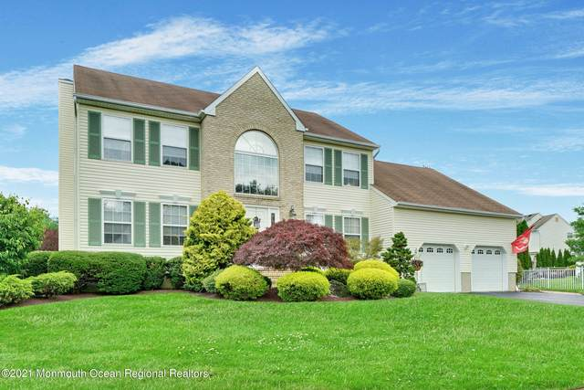 321 Meadowood Road, Jackson, NJ 08527 (MLS #22101773) :: William Hagan Group